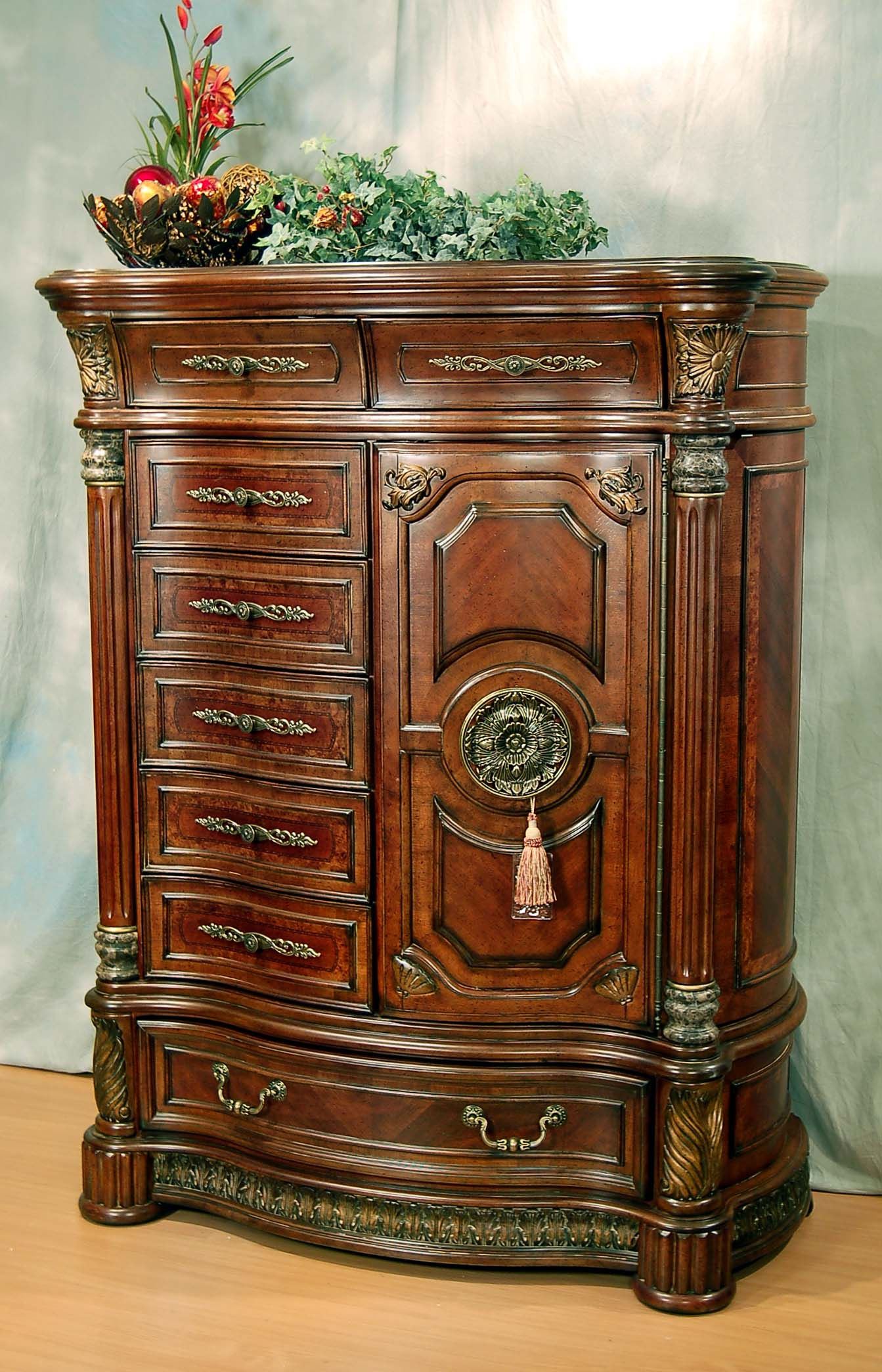 World Bedroom Furniture: Classic Romantic Old World Spanish Chestnut Bedroom Set