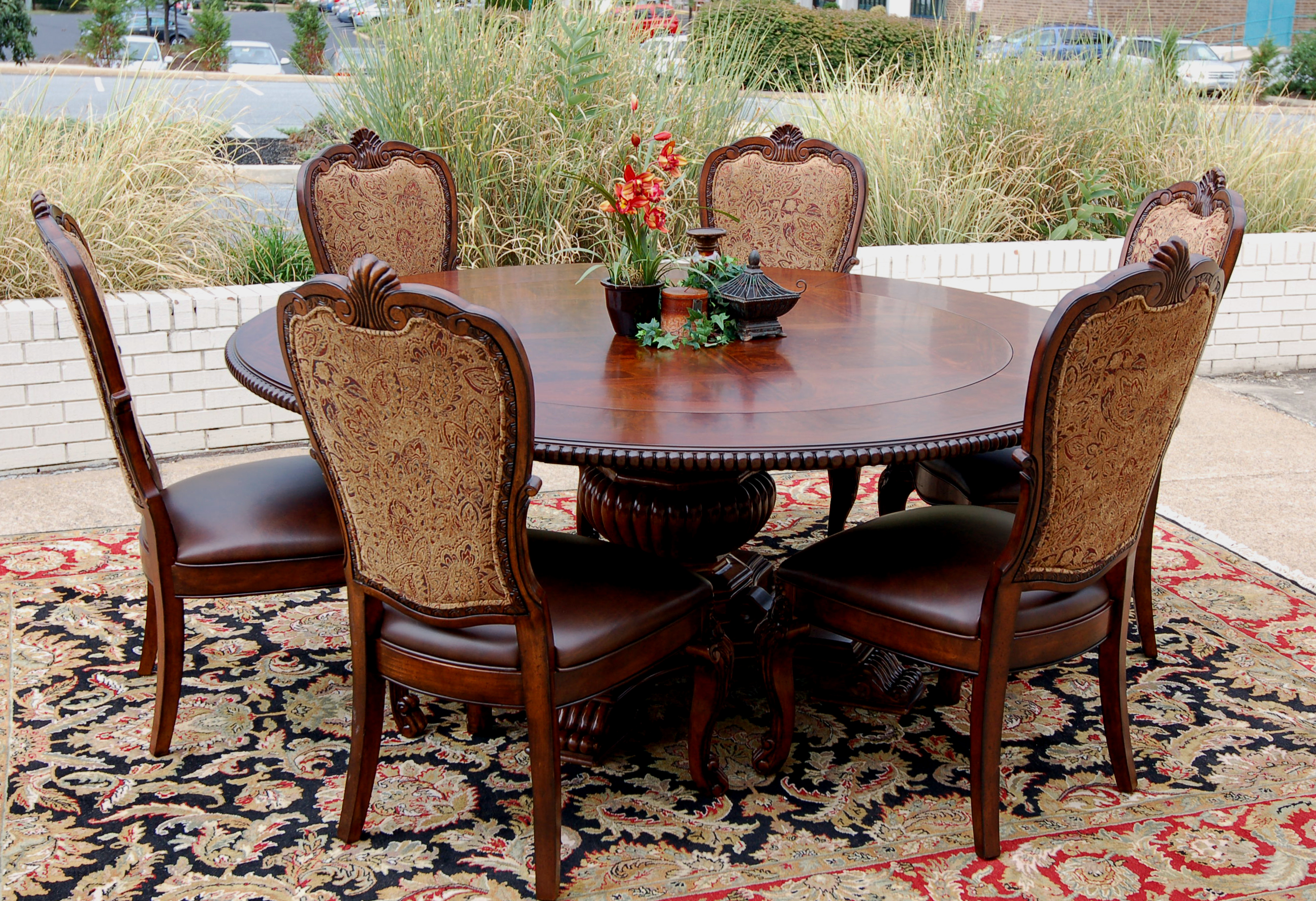 7pc traditional old world round mahogany dining table and for Table and chair set